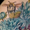 melissa-fusco-blue-dahlia-bumble-bee-thigh-tattoo-best-color-artist-denver-colorado-web
